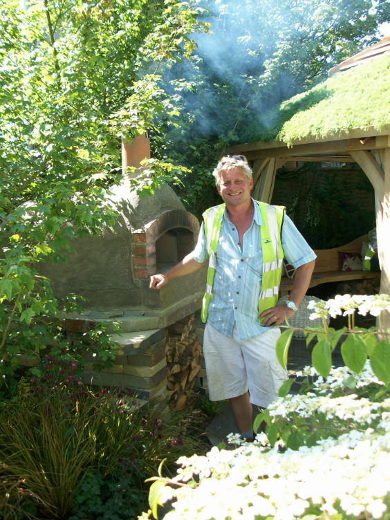 Mark on the build of his GOLD winning Children Society Garden in 2010